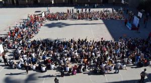 La comunitat educativa demana la paraula per l'educació en l'acte de la SAME