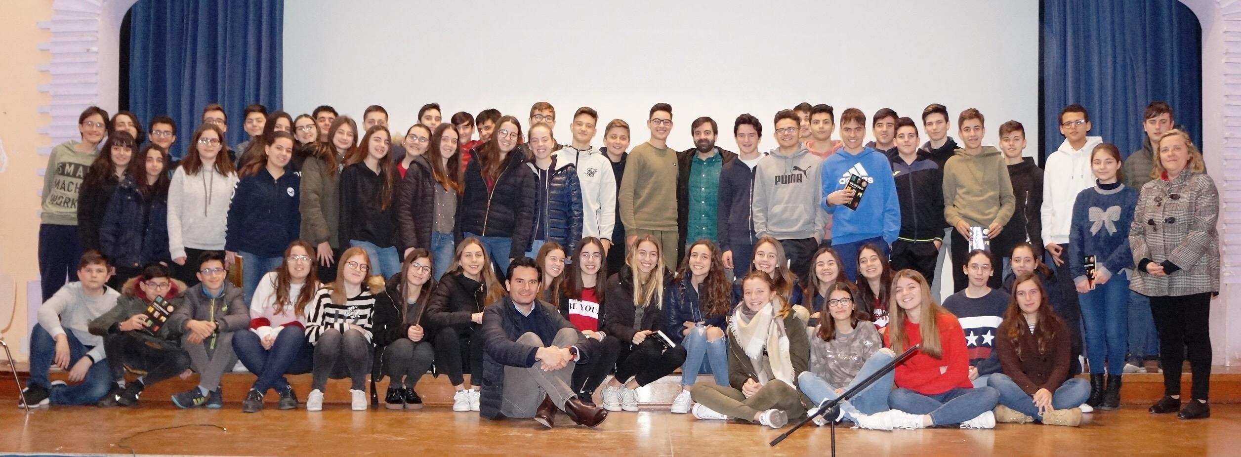 El escritor David Lozano, premio Edebé 2018, visita el colegio